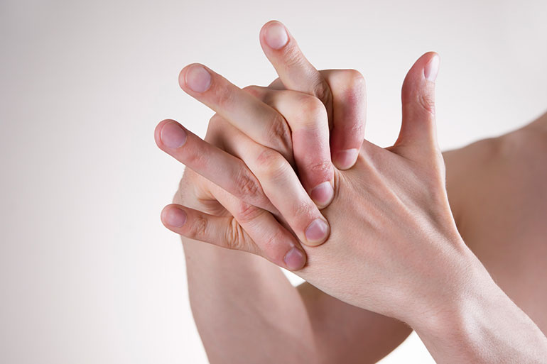 Medical Mythbuster: Does Cracking Your Knuckles Cause Arthritis?
