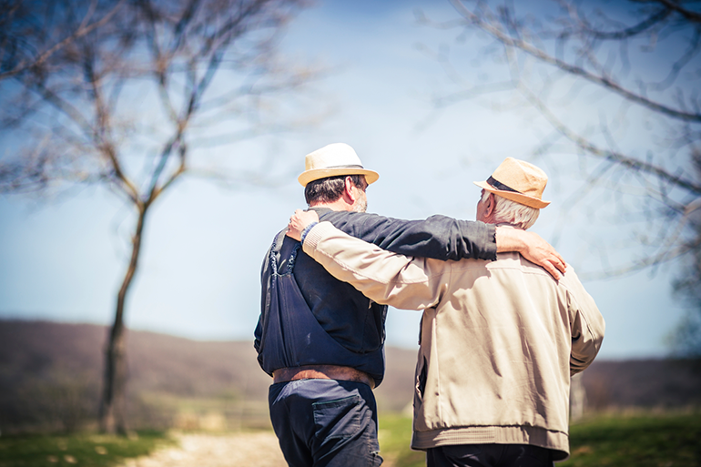 Thinking of Reconnecting With an Estranged Family Member? Here's What You Need to Know.