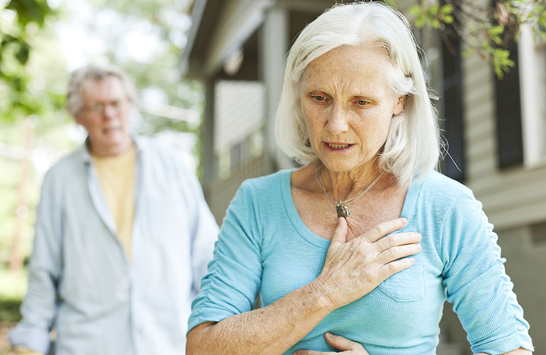 Subtle Signs Can Signal a Heart Attack in Women