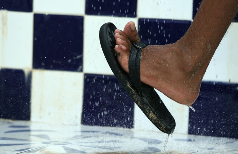 Medical Mythbuster: Can Wearing Flip-Flops Protect Against Athlete's Foot?