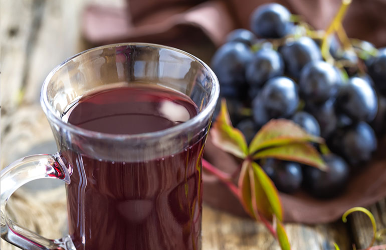 Medical Mythbuster: Can Grape Juice Help Prevent Me From Getting a Stomach Bug?